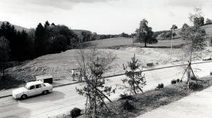 """1975 Tennisplätze noch """"flach"""""""