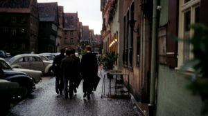 Ab ins Nachtleben mit Schirm...